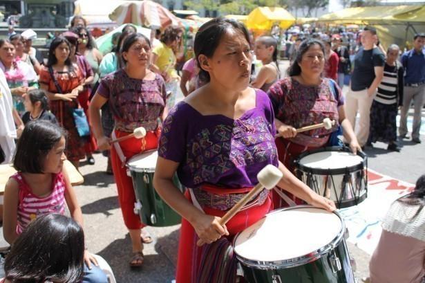 Grupo de Mujeres de la Batucada Ixil