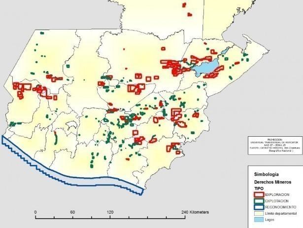 """Imagen extraída del mapa """"Derechos Mineros"""", del Ministerio de Energía y Minas. Dirección General de Minería. Mayo 2013."""