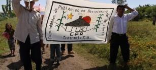"""""""Resistir para Vivir- Resistir para avanzar"""". La consigna fue creada por las CPR de la Sierra durante el desplazamiento forzoso, y sigue vigente hoy en día."""