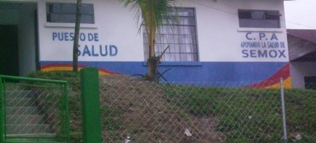"""La Compañía Petrolera del Atlántico ha realizado varias actividades y acciones, en la línea de """"la responsabilidad social empresarial"""" en las áreas que considera de potencial petrolera, ejemplo de ello es el Centro de Salud que fue pintado por la petrolera para promoverse entre los pobladores de la comunidad de Semox."""