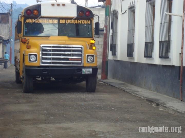 Bus tipo escolar de Uspantán