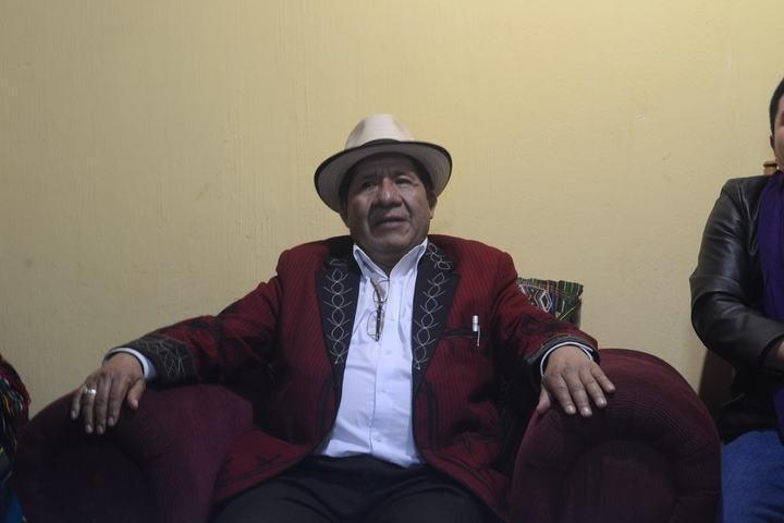 Pedro Raymundo Cobo en su casa de campaña.