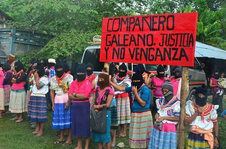 """Bases de apoyo zapatistas """"Justicia y no Venganza"""" 8Foto de la articulación de Medios Libres en  la Caravana por Galeano)"""