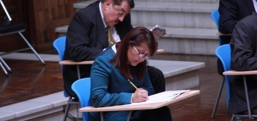 Eunice Mendizabal, mientras aplicaba para Fiscal General. Fuente: Flor Calderón