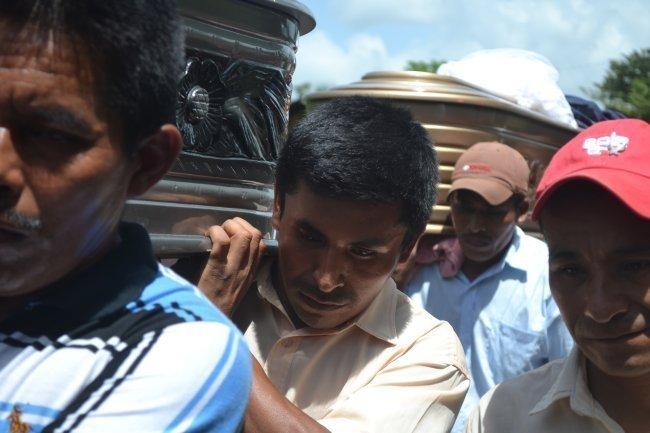 Funeral en Samococh el domingo 17 de agosto de 2014.