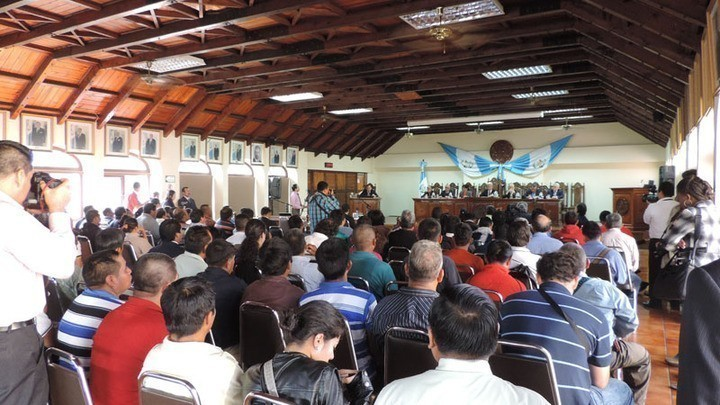 Recurso interpuesto al Acuerdo Gubernativo 145-2013. Foto: Archivo CMI.