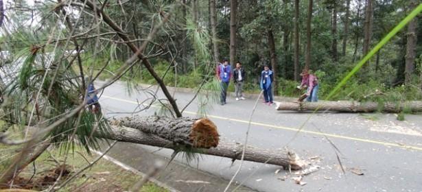 Camino que conecta el municipio de Momostenango con Santa María Chiquimula