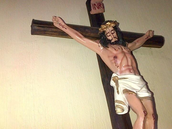 Imagen de Cristo en un hogar guatemalteco católico