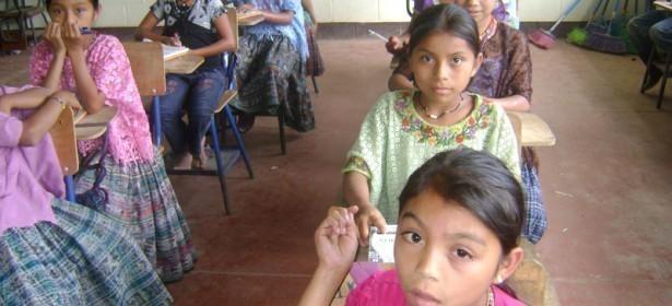 Las niñas tienen los niveles más bajos de escolaridad en general, y sobre todo en el área rural.  Foto: PRODESSA