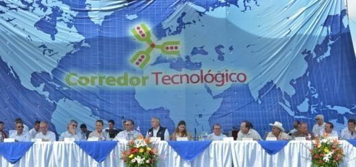 El entonces presidente electo Otto Pérez Molina inauguró el Corredor en 2011. Foto: Odepal