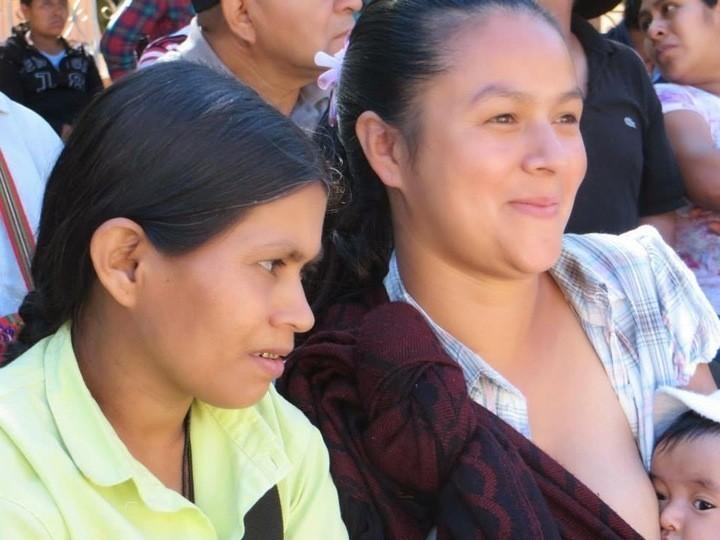 De izquierda a derecha: Zenaida y Carmelia. Foto: Alba Cecilia Mérida