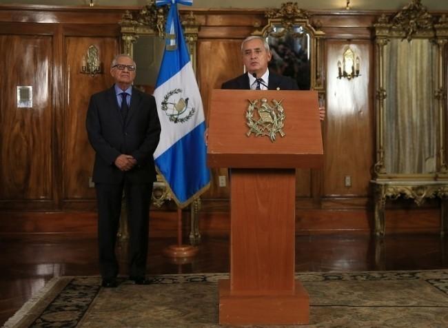 Pérez Molina y su nuevo Vicepresidente, Alejandro Maldonado Aguirre. Fuente: Presidencia de Guatemala