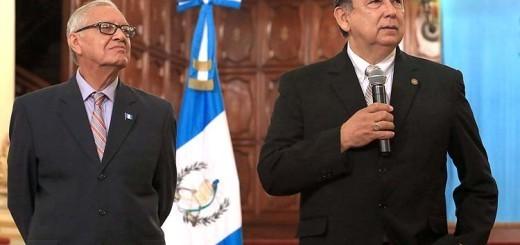 Maldonado Aguirre y Fuentes Soria, vicepresidente electo, durante su primer acto. Fuente:  Presidencia de Guatemala.