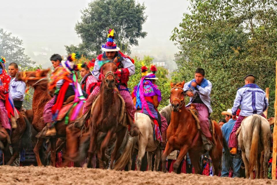 Juego de gallo. Foto: Jun Kanek Pablo Pérez