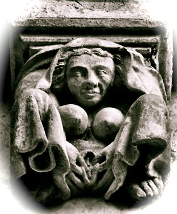 """""""Fea, bruja, ordinaria, concentra su atención en su vulva"""". Poiters"""