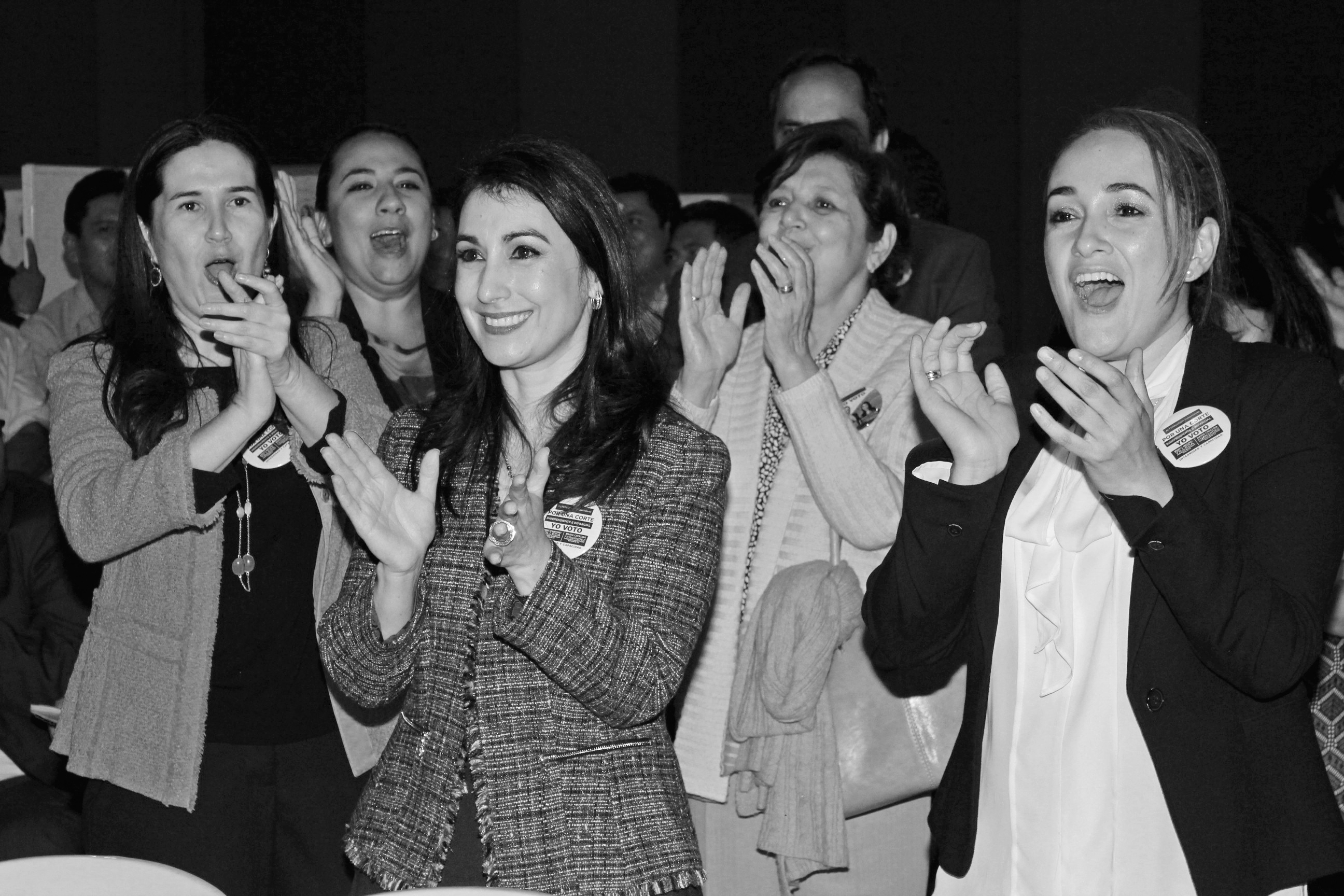 La abogada Ana Fernández tras conocer su victoria. Foto: Lucía Rivera.
