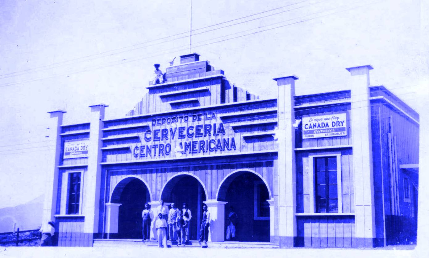 Un depósito de la Cervecería en 1943. Foto: Corpoeventos