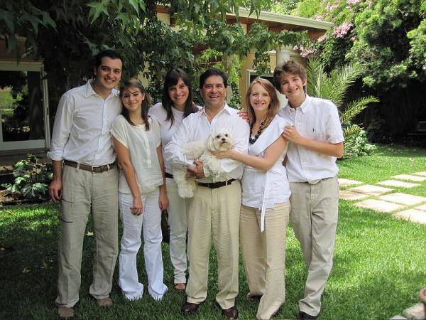 La familia Caballeros-Arimany. Foto: Redes sociales